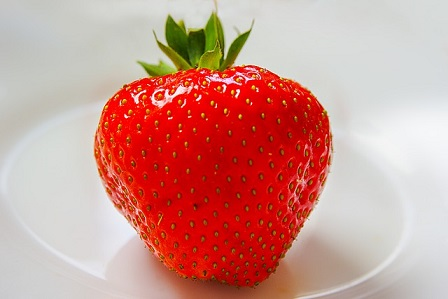 stawberries for pink lips
